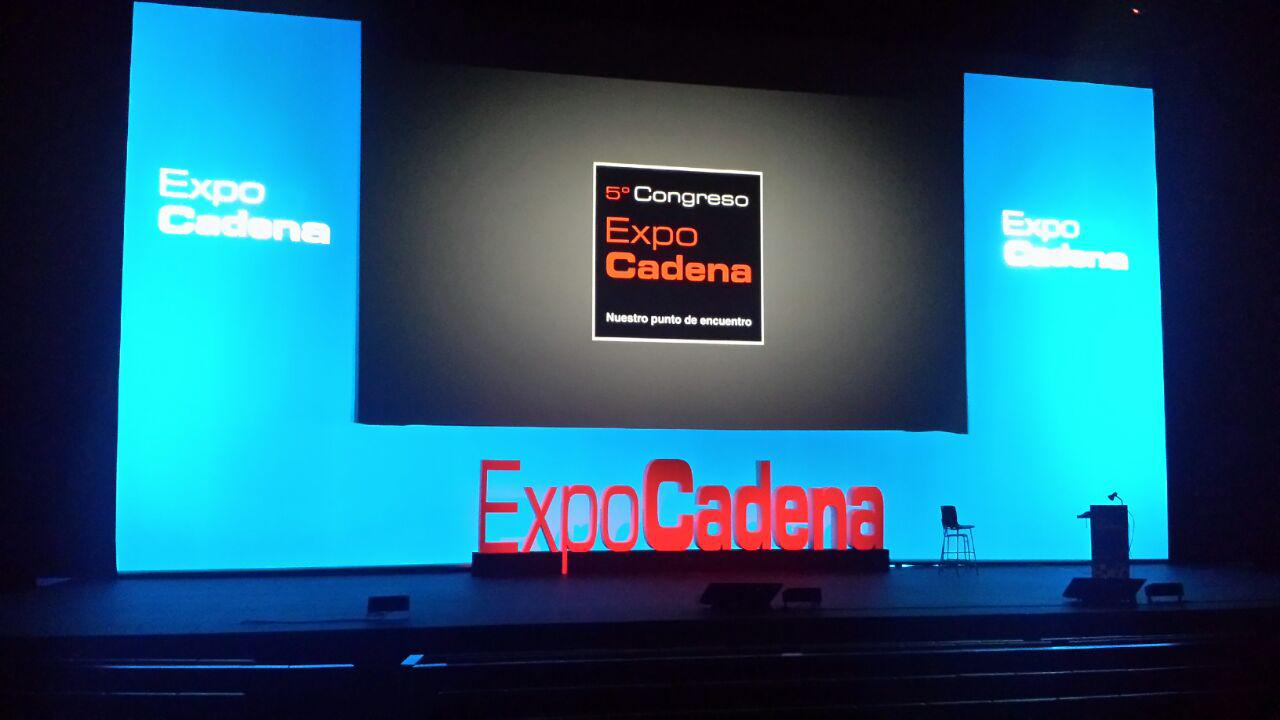 Expocadena - Piensa en LED Sevilla