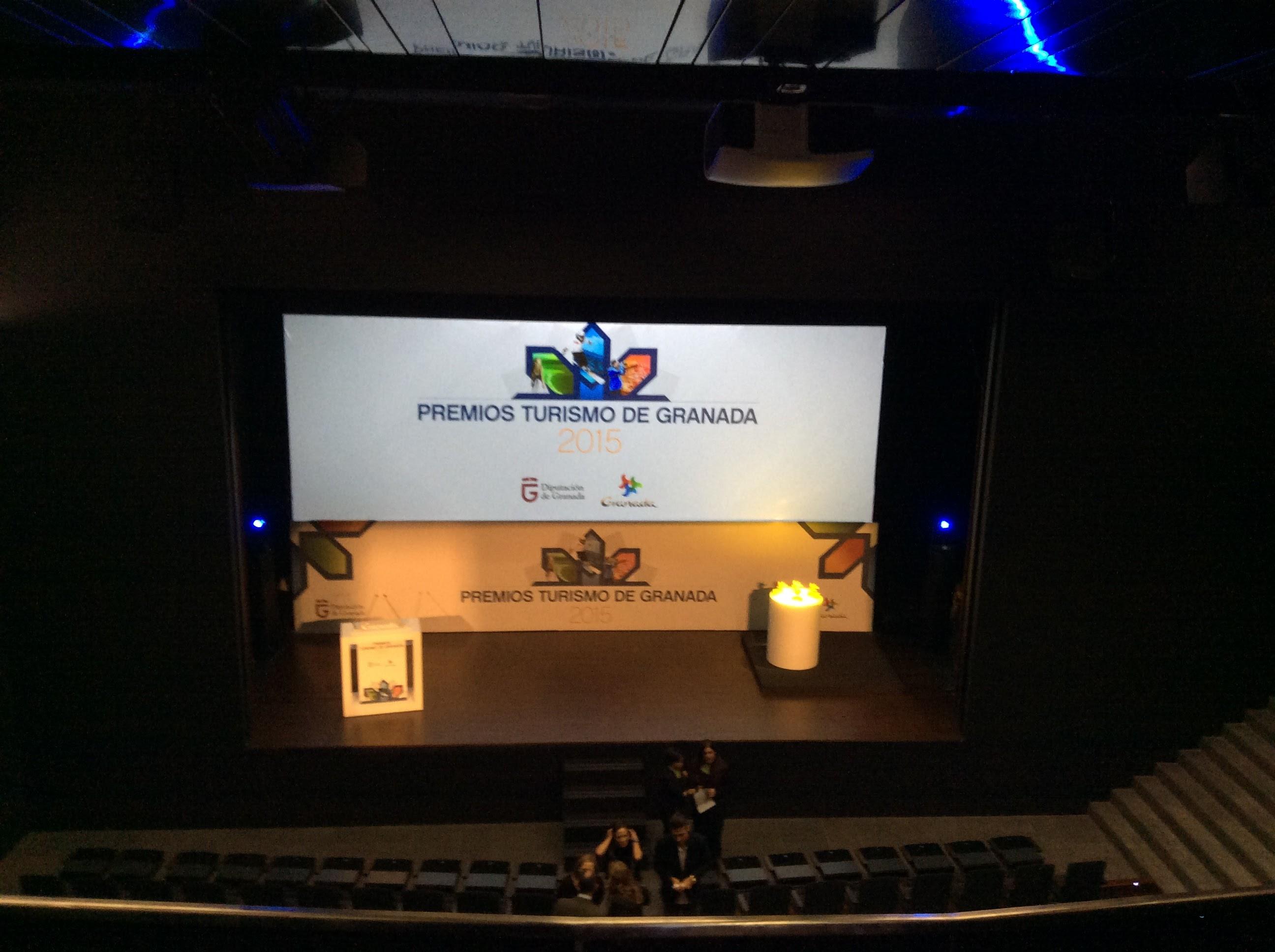 Piensa en LED materiales audiovisuales Premios Turismo de Granada 2015