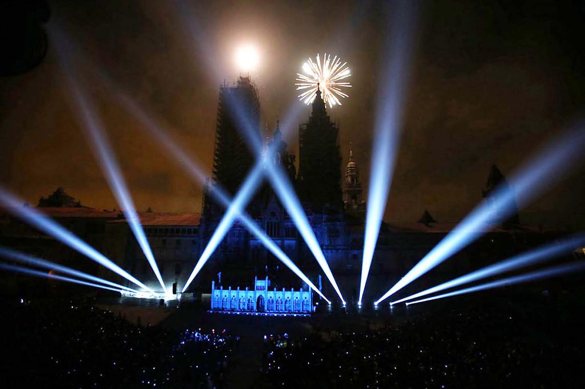 Piensa en LED Catedral de Santiago iluminación